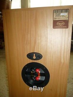 Klipsch RB-35 Two Way Cherry Finish Bookshelf Speakers Set with 8 inch woofers